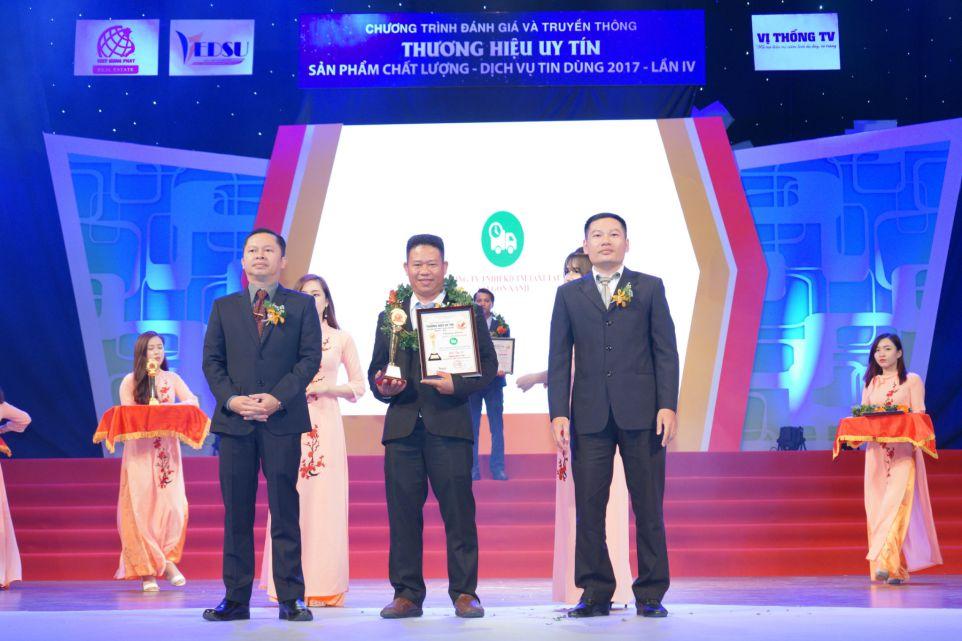 Trao giải doanh nghiệp của năm cho Sài Gòn Xanh