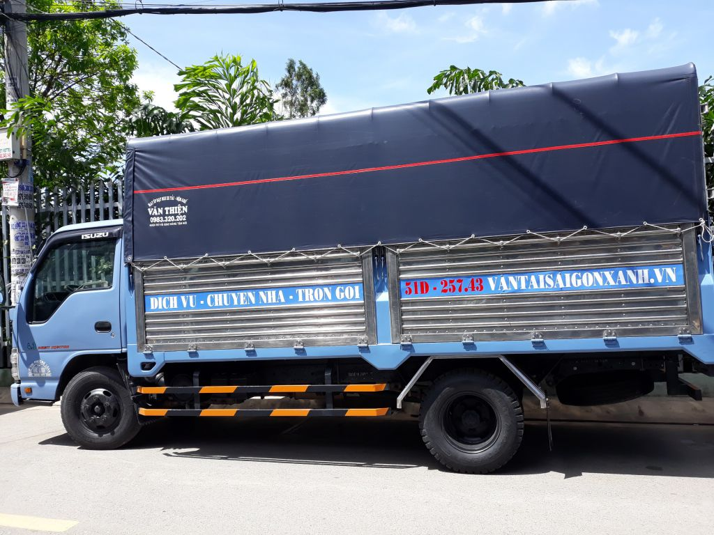 Xe 2.5 tấn– Thùng dài 4m4 ngang 1m95 cao 1m9